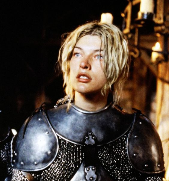 "Milla Jovovich en ""Juana de Arco"", 1999 | Milla Jovovich ..."