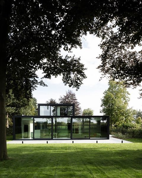 Villa Gavere by @orarchitecten Find more inspiring pictures on our website #casasutra #inspiredbyexcellence #architecture #architect #interiordesign #interiordesigner #minimalism #minimalist #contemporary #stylish #thebest #nofilter #homeinspiration #homedesign #whatwelove photo by @cafeine