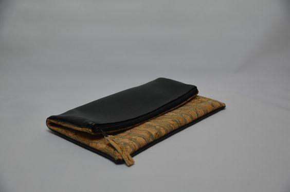Clutches - Clutch - ein Designerstück von StoffAttitude bei DaWanda http://de.dawanda.com/product/101311343-clutch