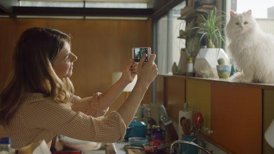 El iPhone 6s y el iPhone 6s Plus trajeron consigo Live Photos, la nueva funcionalidad de iOS que permite grabar 1,5 segundos antes de cada fotograf...