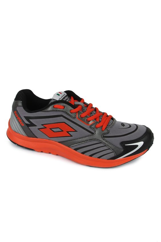 Run with extreme ease and attain high speed with the Speed Ride running shoes for men. Extremely lightweight, the shoe is conceived for a multi-sport use and for leisure time and is ideal for runners & walkers looking for extra comfort & lightness. A flexible nylon top that provides protection from dirt & moisture. A good looking shoe that can be used for casual wear as well.