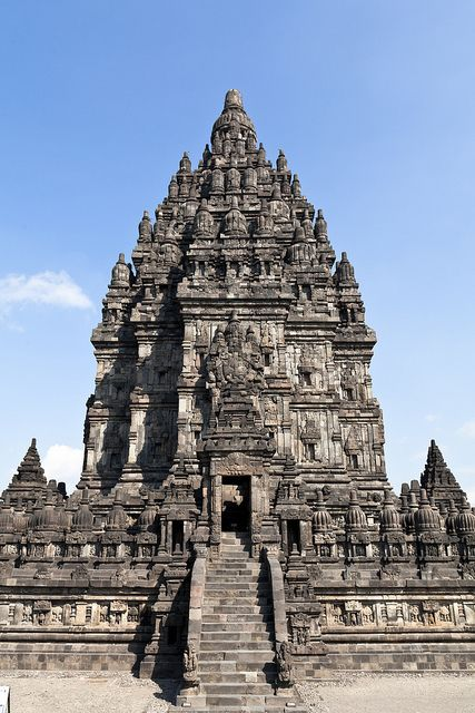 hinduism architecture Hinduism architecture hinduism is a predominant religion of the indian subcontinent it begins simply by differentiating between matter and spirit and the theology.