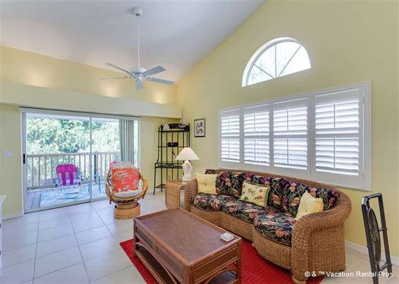The Sea Stars 2 - The Sea Stars 2 is an ideal headquarters for your vacation in Southwest Florida. Best of all, the entire unit has been newly remodeled with new cabinets, granite countertops, stainless steel appliances, new furniture, plantation shutters and more.