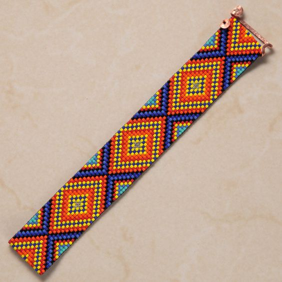 Diamanti brillanti perlina Loom Bracciale Boho di PuebloAndCo