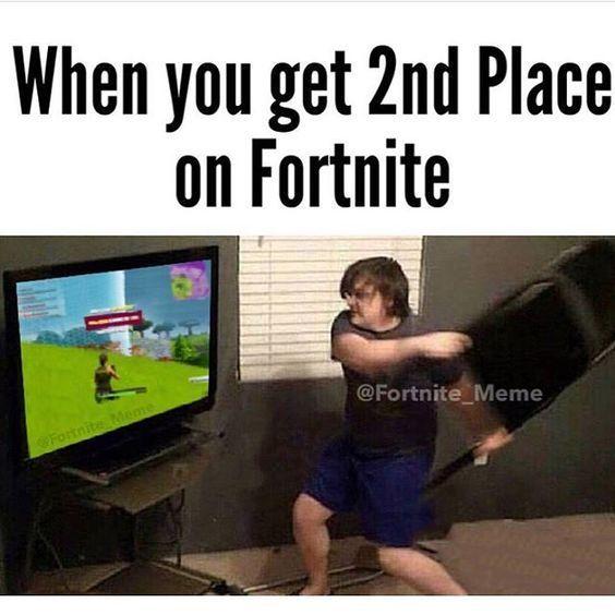 Fortnite Memes When You Get The Rocket Launcher Fortnite Witzig Zocken