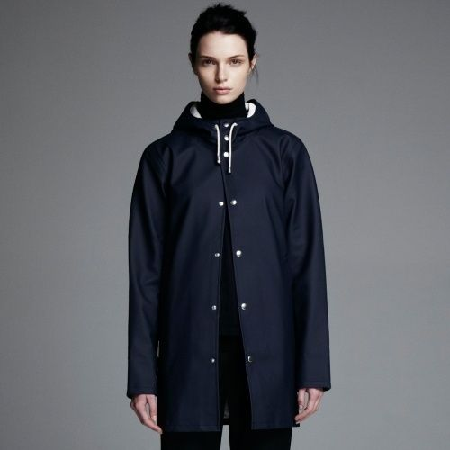 For rainy days love Arholma Blå - Navy Blue Raincoat – Stutterheim