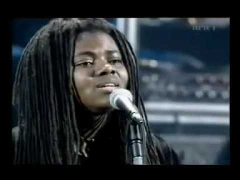"TRACY CHAPMAN ""Baby can I hold you"""
