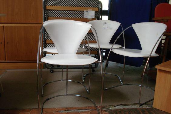 Stühle bei HIOB Worblaufen  #Schnäppchen #Trouvaille