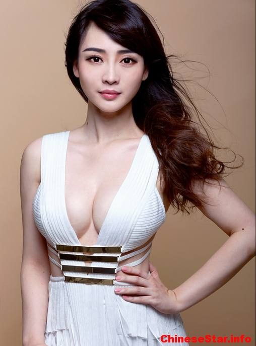 Hot asian actress