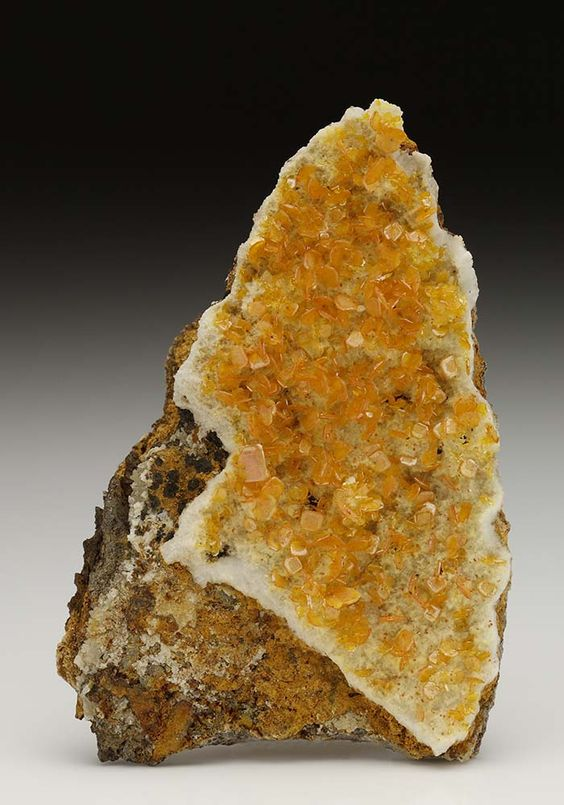 Wulfenite from Iran
