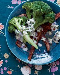 Broccoli with Bacon, Blu