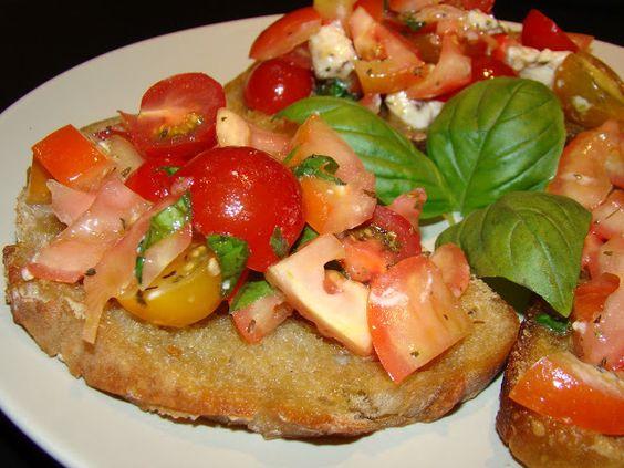 Bruschettas de Tomate e Manjericão