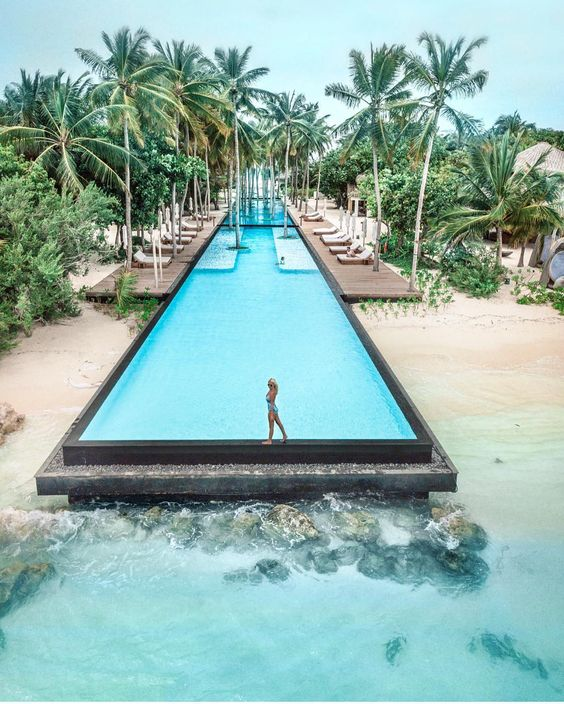Maldives -14 most stunning places to travel with your Significant Other - Todaywedate.com