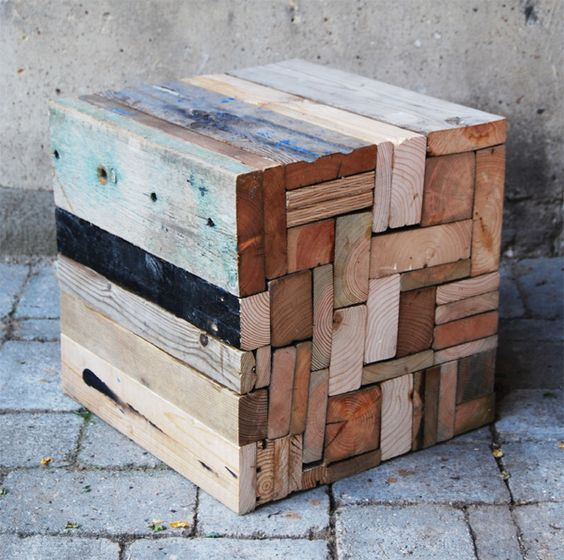 'DOK5611' fra 'Think Twice' under Copenhagen Design Week 2011. Samarbejde med Anne Sophie Schlütter-Hvelplund.