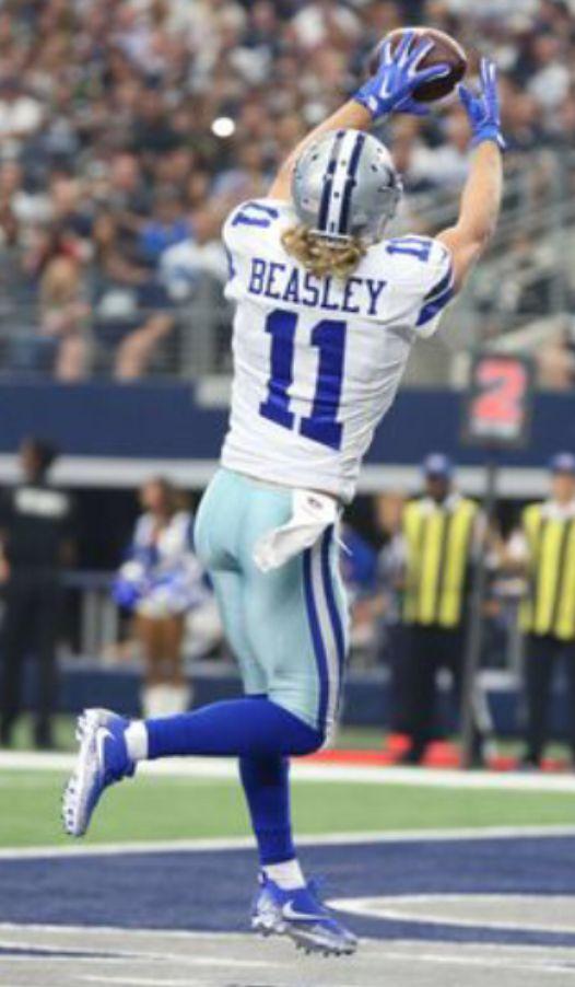 Cole Beasley Dallas Cowboys Cheerleaders Dallas Cowboys Dallas Cowboys Fans