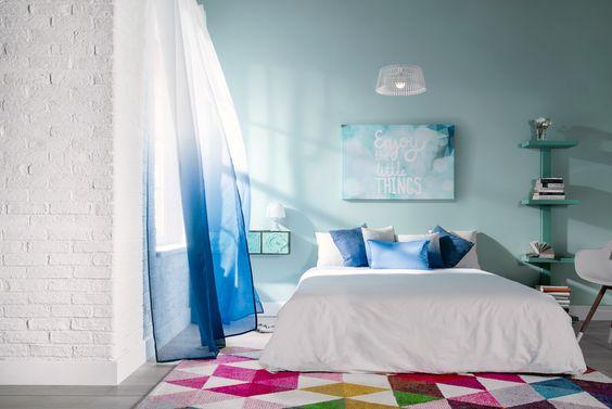 ¿Varios tonos de azul en tu dormitorio?, y tendrás un resultado tan espectacular como éste - Leroy Merlin:
