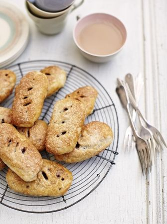 Banbury cakes | Jamie Oliver