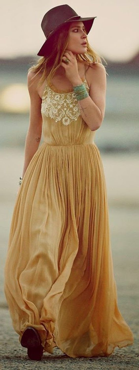 robe hippie chic, jaune Avec dentelle