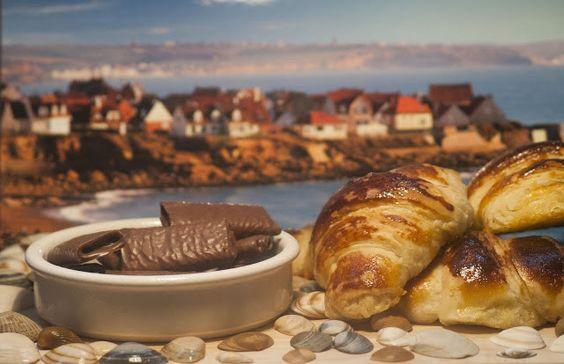 La recette ici : http://www.katyseats.com/2013/08/croissants-bretons.html