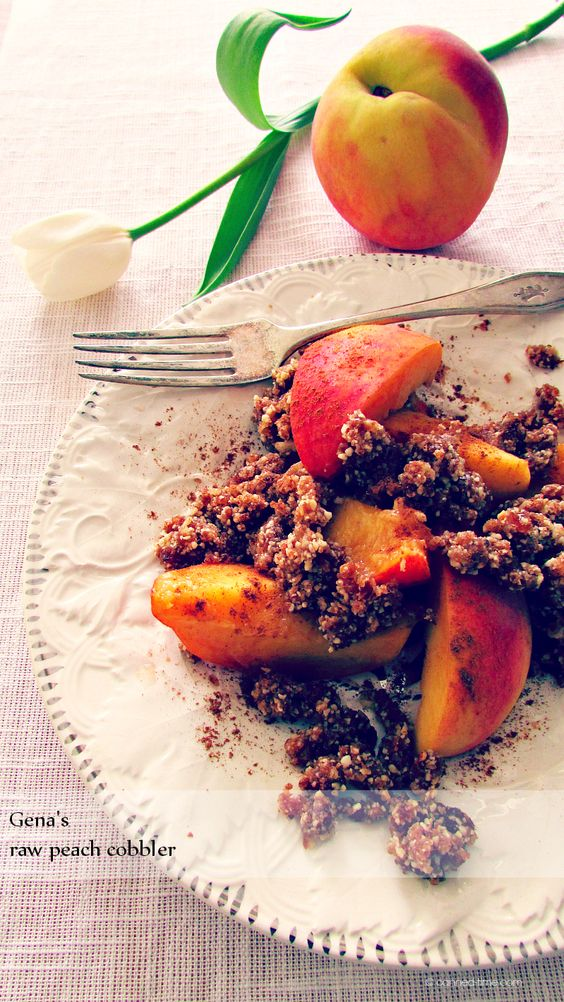 "'Raw Peach Cobbler' Gena Hamshaw's ""Choosing Raw: making Raw Foods part of the way you eat"""