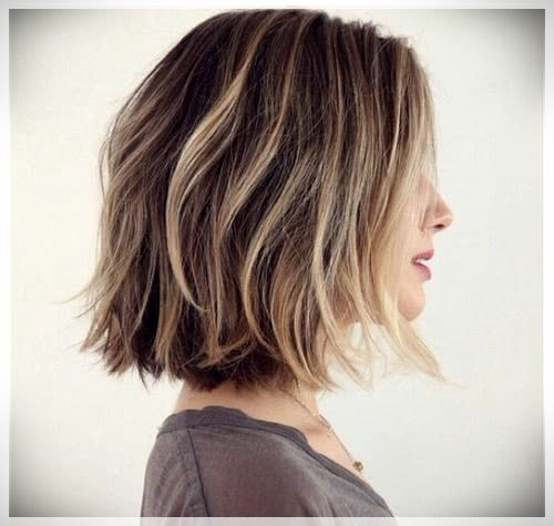 Bob Haircut 2019 Trends And Photosshort And Curly Haircuts Choppy Bob Hairstyles Thick Hair Styles Bob Hairstyles