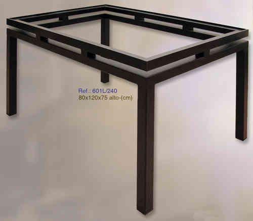 mesa rectangular de hierro forjado de 120x80cm. más información en