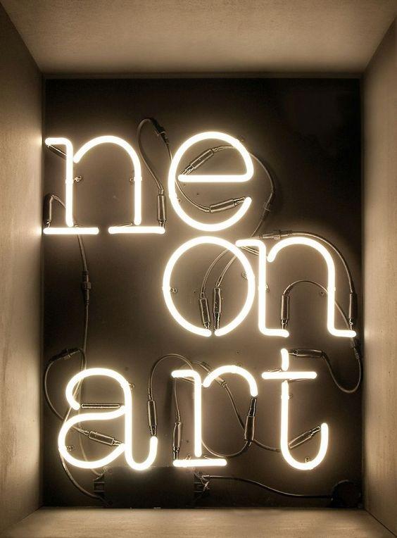 Seletti Neon letters / tekens - B
