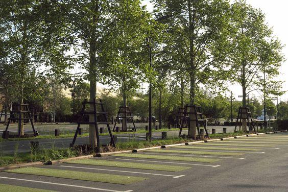 Atelier Paul Arene Creation Des Espaces Paysagers De Ma Petite Madelaine Centre Commercial Chambray Les Tours 37 France Landscape Design Landscape Park