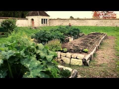 Cultiver les légumes sur butte - YouTube