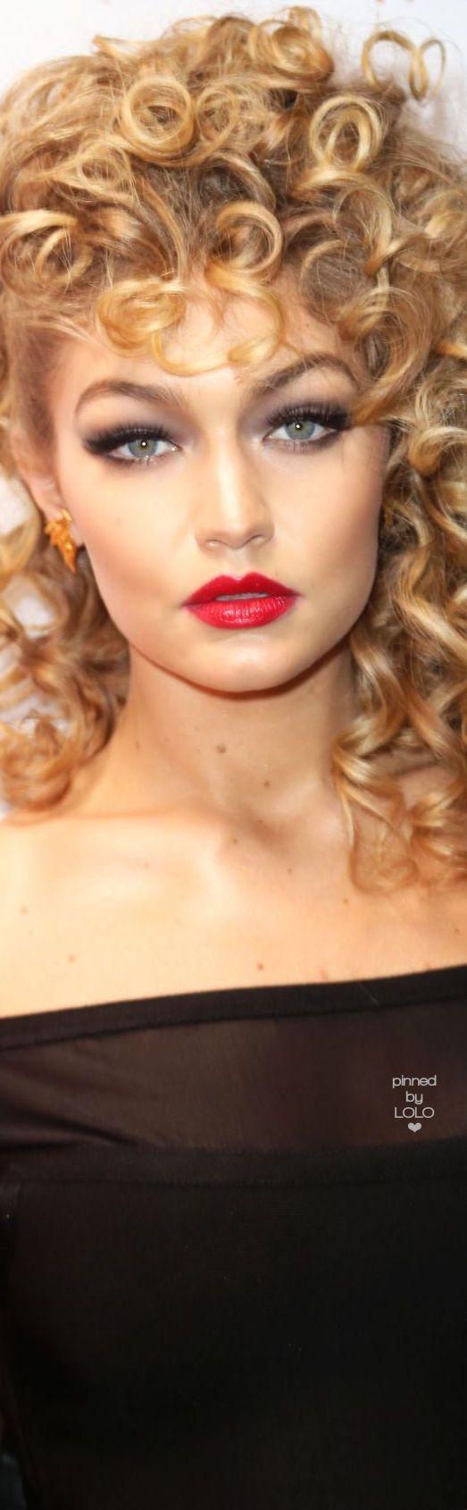Gigi Hadid rocks Sandy from Grease for Halloween | LOLO❤︎