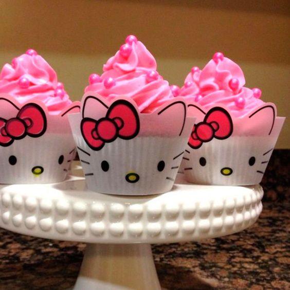 Se você quer descobrir quais são as 70 inspirações de festas infantis no tema Hello Kitty, aqui você vai se encantar com todos esses detalhes.