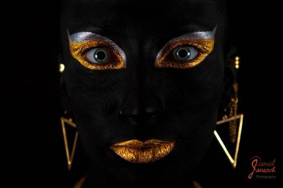 """mein beitrag zum """"Go Gold For Childrens Cancer Month"""" mehr infos unter https://www.facebook.com/events/1403190113344140/  model: raphaela artist: natascha zenig foto: daniel janesch photography"""