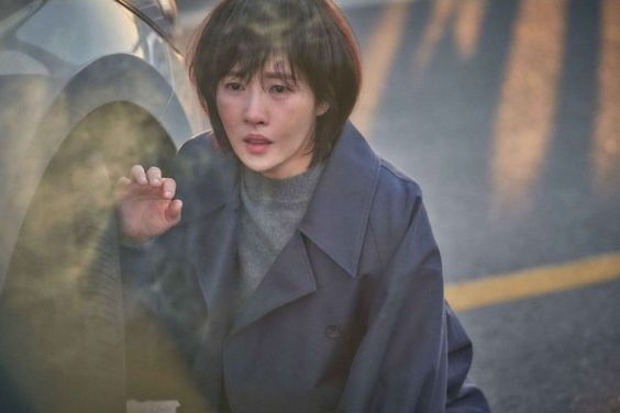 Kim Sun Ah Is Shocked And Hurt In Upcoming Mystery Thriller Drama