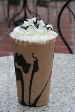 Iced mocha at the coffee shop is expensive. Save money and make it at home with this easy DIY recipe. Enjoy a homemade cold chocolate coffee drink whenever you have a craving for it. #coffeedrinks #drinkrecipes #beverages #mocha