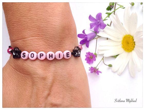 """Bracelet """"Sophie"""" . Bracelet avec message ou prenom personnalisable perles acryliques multicolores : Bijoux enfants par perles-et-couronnes"""