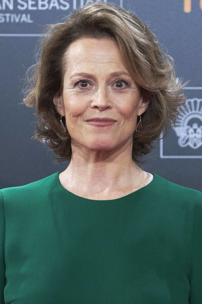 Sigourney Weaver Curled Out Bob Short Hair Styles Hair Styles Short Hairstyles For Women