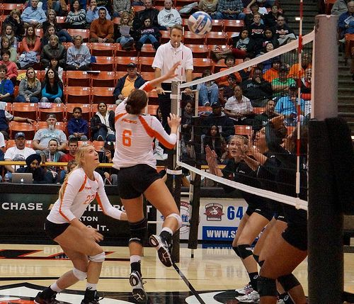 A Blocking Volleyball Guide On How To Block A Volleyball Step By Step Volleyball Setter Volleyball Volleyball Skills