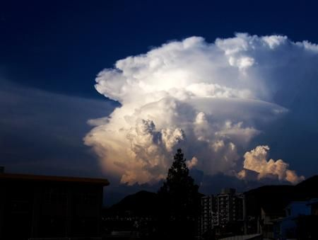 Impressive Thunderhead! Photo by Dennis Doucet — National Geographic Your Shot