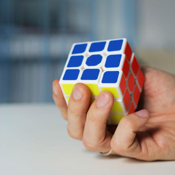 Бесплатный интерактивный курс для начинающих по сборке кубика Рубика