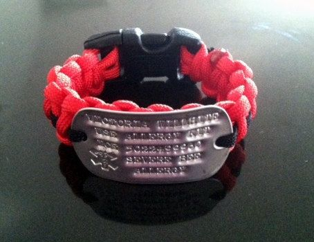 Medical Alert Paracord Bracelet  with by BlackdogParacord on Etsy, $22.00- I have to wear one, and not only was this one cool looking...but the shop owner is super nice and helpful!