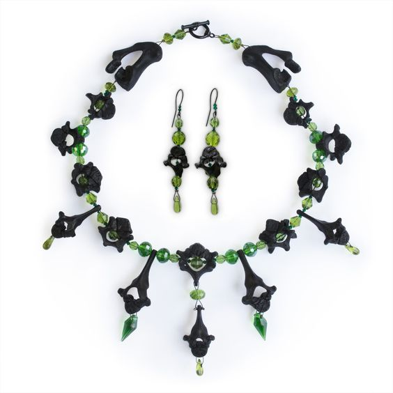 Ossuaria — Twin Necklace & Earrings - Green