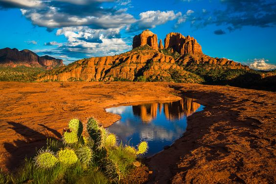 Cathedral Rock in Sedona, Arizona.: