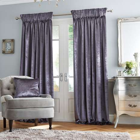 Exuding minimalistic elegance, our lined pencil pleat curtains feature a stunning velvet charcoal design and benefit from an effective lining to reduce draughts and increase privacy.