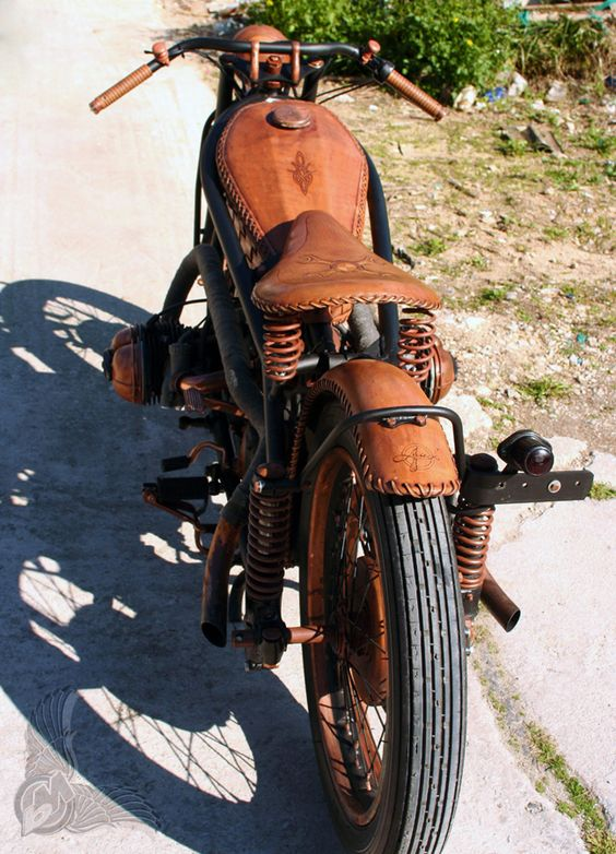 copper and leather bmw r51/3 bobber - rear | hugo and luie leather