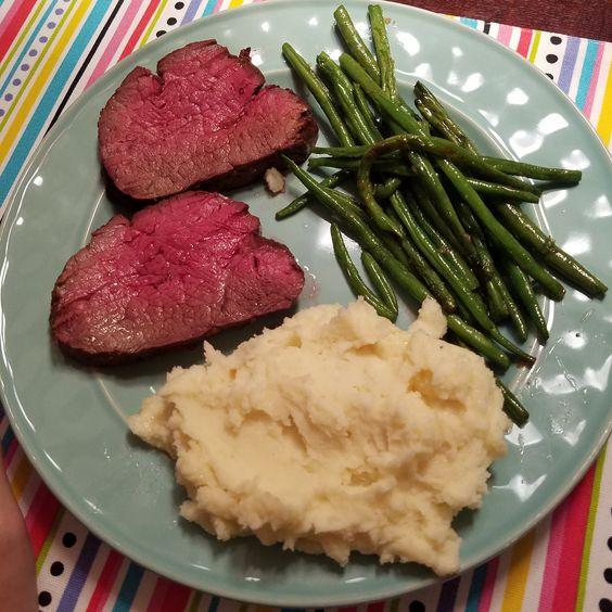 Beef tenderloin roast [homemade] #recipes #food #cooking #delicious #foodie #foodrecipes #cook #recipe #health