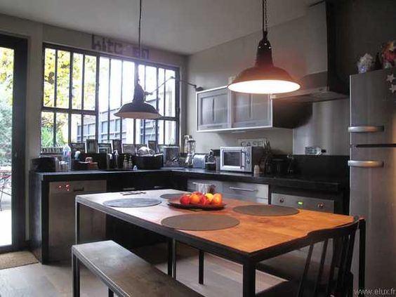 Loft boh me en r gion parisienne le magazine ateliers lofts associ s - Fenetre loft atelier ...
