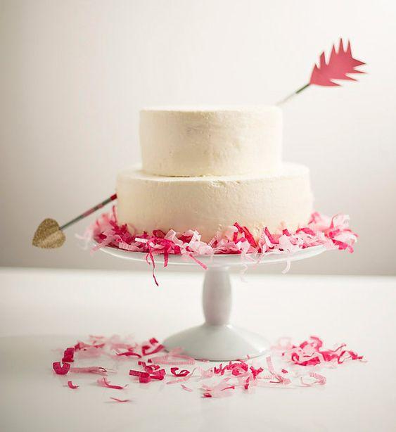 love struck wedding cake
