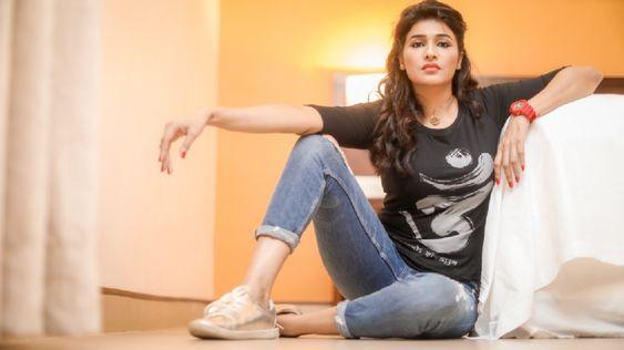 Actress Anjena Kirti Latest Photoshoot – 2018