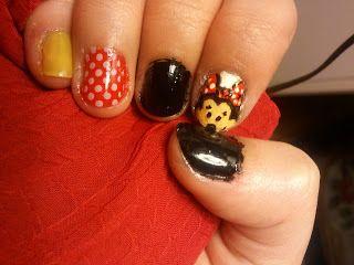 minnie nail art