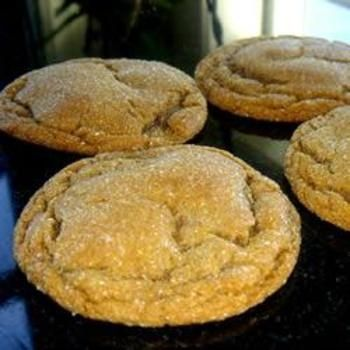 Molasses Sugar Cookies II food-and-drink